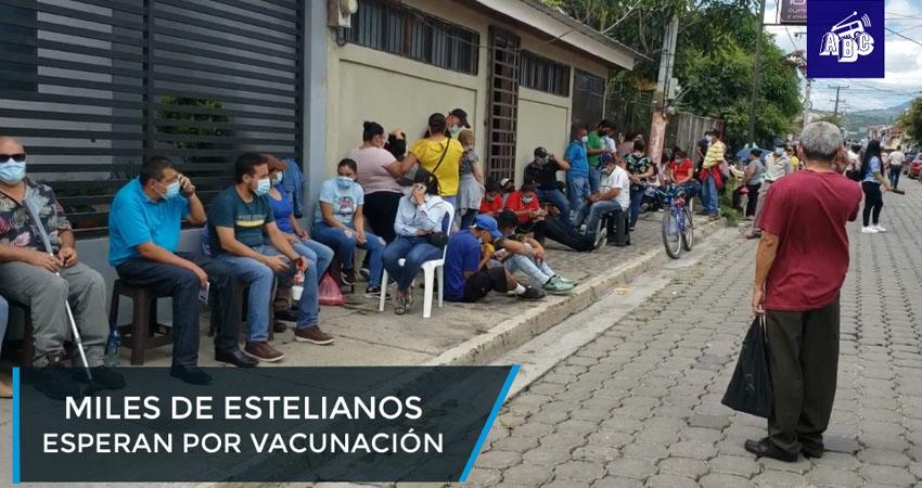Miles de estelianos esperan por vacunación