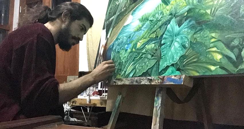 Juan David Hernández es un destacado pintor que está haciendo una convocatoria a sus colegas para plasmar su arte durante el evento que se realizará en un restaurante de Estelí.