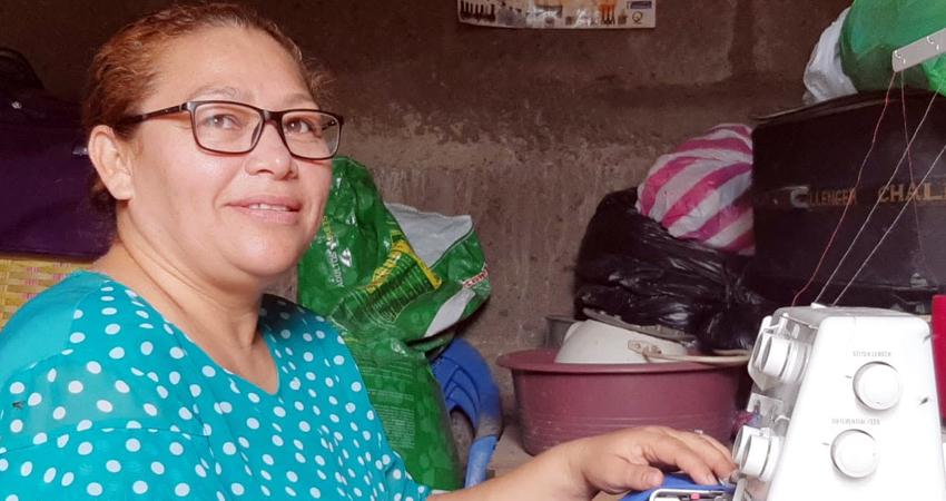 Listas para elaborar uniformes escolares dicen estar costureras de Estelí.