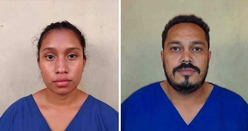Según la policía, la droga era transportada en paquetes que iban ocultos en un vehículo que la pareja había rentado.