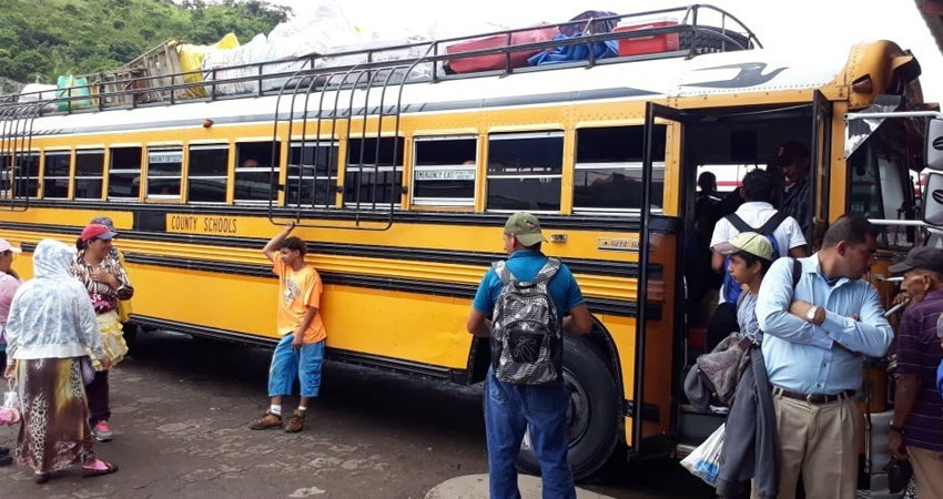 Una joven denuncia a tres estelianos que supuestamente han intentado cometer robos en unidades de buses de Matagalpa. Ella asegura que un hombre le quitó su celular pero logró recuperarlo.