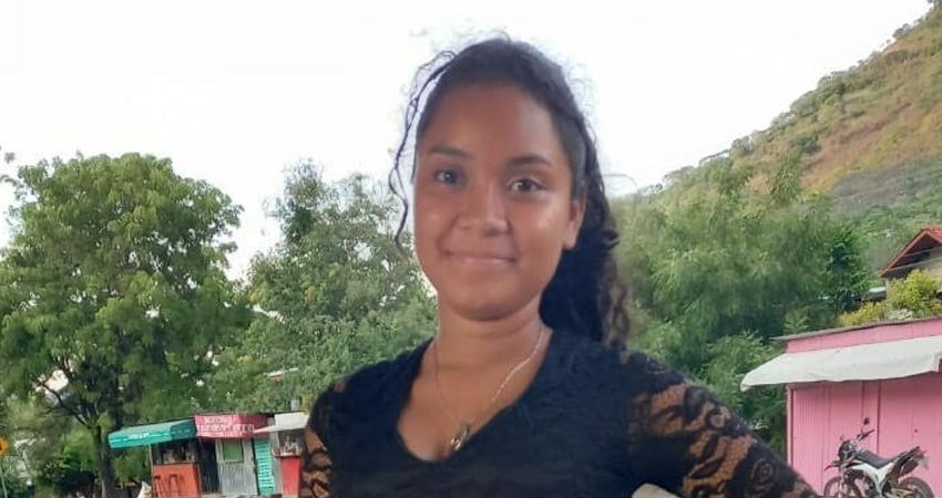 Maryelis Isamar Pérez Hernández, originaria de una comunidad de La Trinidad, fue vista por última vez en un cibercafé. Un joven fue detenido para investigación pero no sabe nada sobre el paradero de la menor.