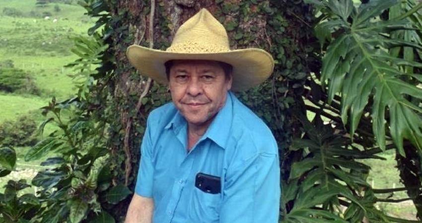 El multifacético Lautaro Ruiz falleció hace un mes en Jinotega pero su legado cultural permanecerá siempre. Hoy varios artistas se unen para realizarse un homenaje póstumo.