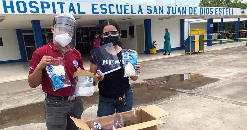 Jóvenes del Club Leo Estelí Decano entregan insumos médicos al hospital de Estelí