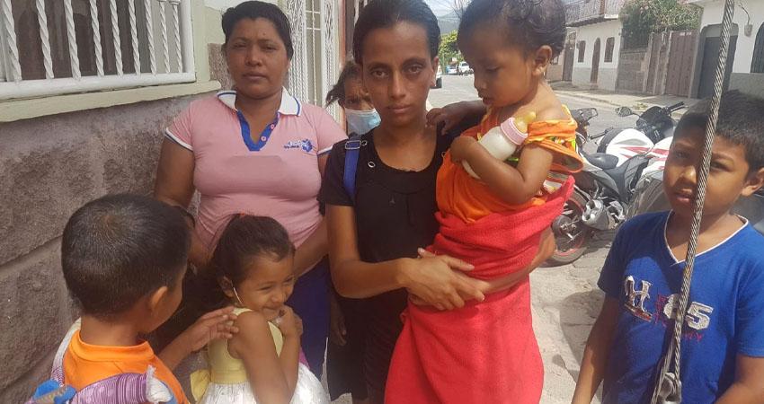 La familia de Luis Antonio Rizo. Foto: Marcos Muñoz/Radio ABC Stereo