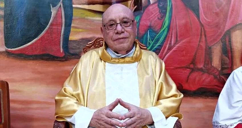 Han pedido seguir orando por la recuperación del Padre Wester López, quien este mes cumplirá 80 años de edad.