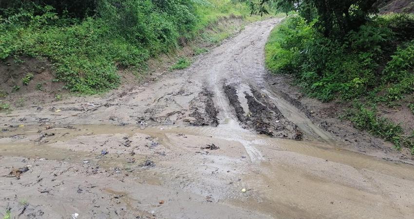 El camino que urge reparación está ubicado en La Rampa, Susucayán. Foto: Cortesía/Radio ABC Stereo