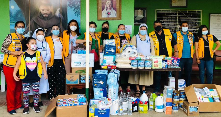 La población atendió al llamado de emergencia y se logró recaudar para exámenes, medicamentos y artículos de primera necesidad para los ancianitos del asilo. Las hermanas religiosas agradecieron la solidaridad demostrada.