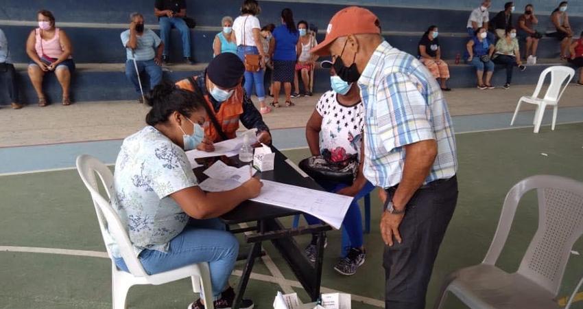 Decidieron viajar al vecino país para recibir la vacuna y estando en los puestos de vacunación de Honduras se encontraron con nicaragüenses de Nueva Segovia, Madriz y Managua.
