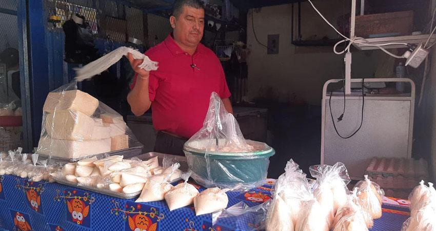 Como se tenía previsto, la libra de queso seco subió en el mercado de Estelí. Los otros productos lácteos también se encarecieron.