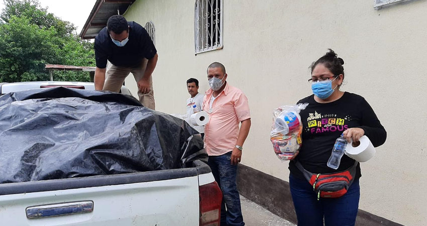 La primera entrega se hizo en la comunidad La Joba, Wiwilí, Jinotega. Foto: Cortesía